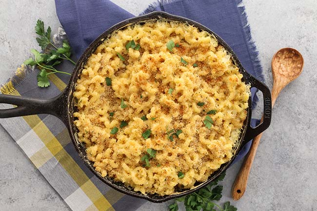 Baked Macaroni and Cheese with Breadcrumbs