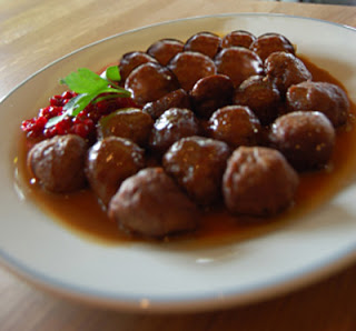 Crock-Pot Jelly-Glazed Meatballs